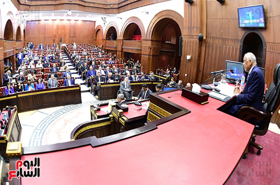 لجنة الشئون الدستورية والتشريعية (2)