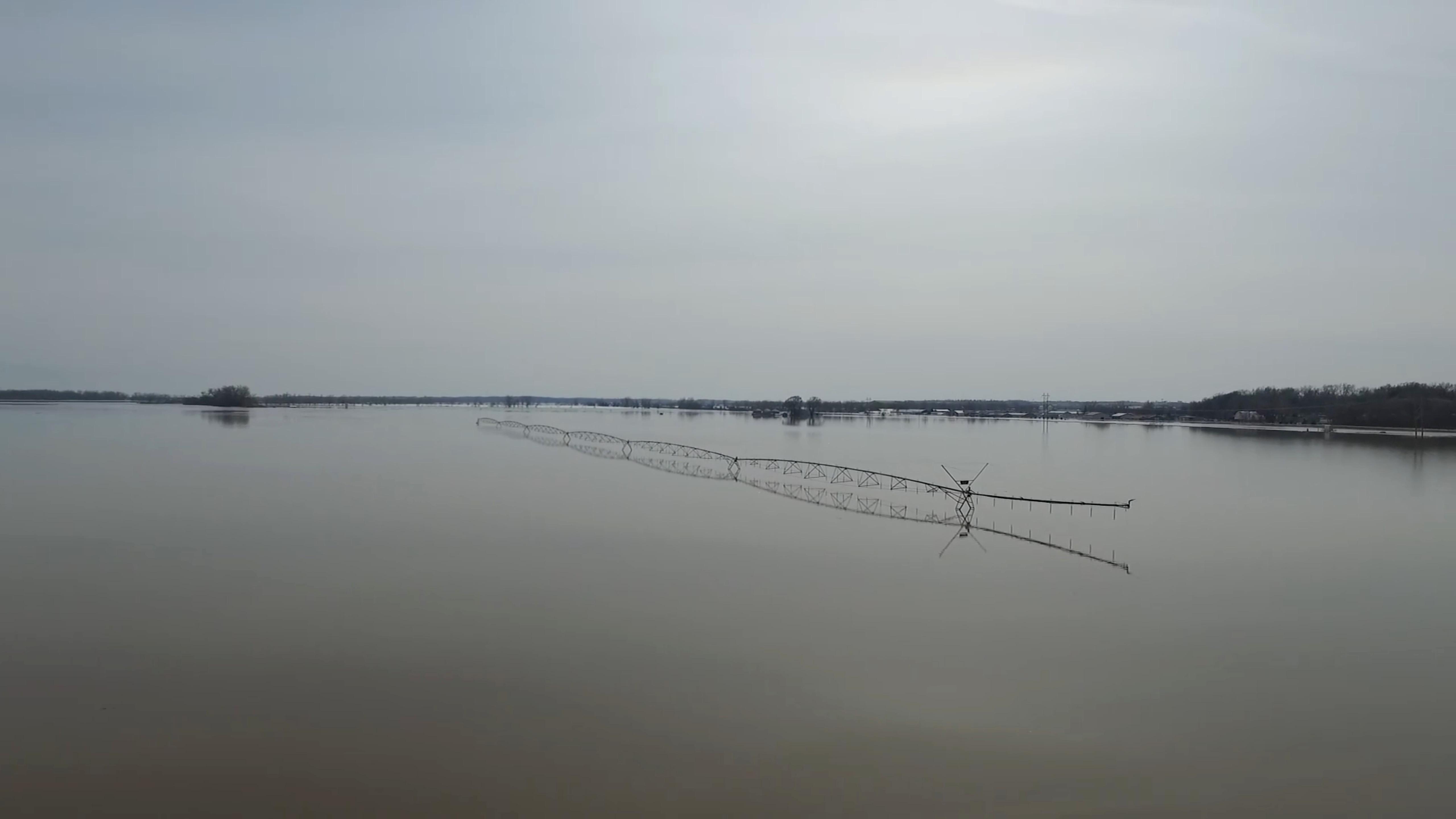 فيضانات (6)