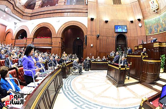 لجنة الشئون الدستورية والتشريعية (11)