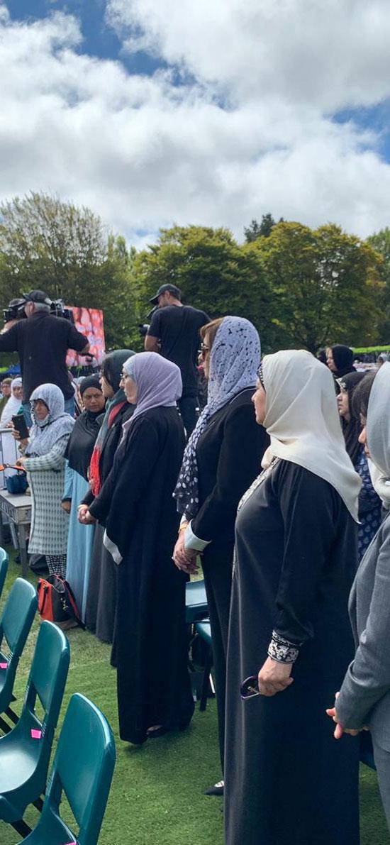 وزيرة الهجرة المصرية تشارك فى الجنازة الرسمية لشهداء حادث مسجدى نيوزيلندا (12)