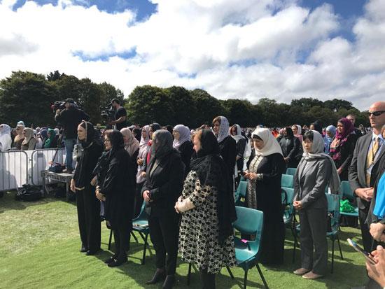 وزيرة الهجرة المصرية تشارك فى الجنازة الرسمية لشهداء حادث مسجدى نيوزيلندا (9)