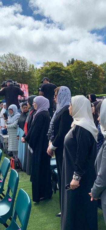 وزيرة الهجرة المصرية تشارك فى الجنازة الرسمية لشهداء حادث مسجدى نيوزيلندا (8)
