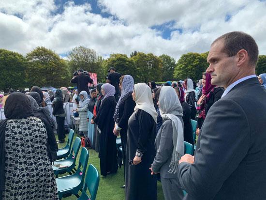 وزيرة الهجرة المصرية تشارك فى الجنازة الرسمية لشهداء حادث مسجدى نيوزيلندا (4)