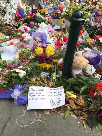 وزيرة الهجرة المصرية تشارك فى الجنازة الرسمية لشهداء حادث مسجدى نيوزيلندا (7)