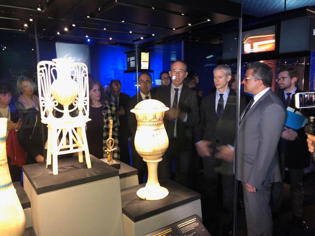 الدكتور خالد العنانى وزير الآثار خلال افتتاح معرض توت عنخ آمون