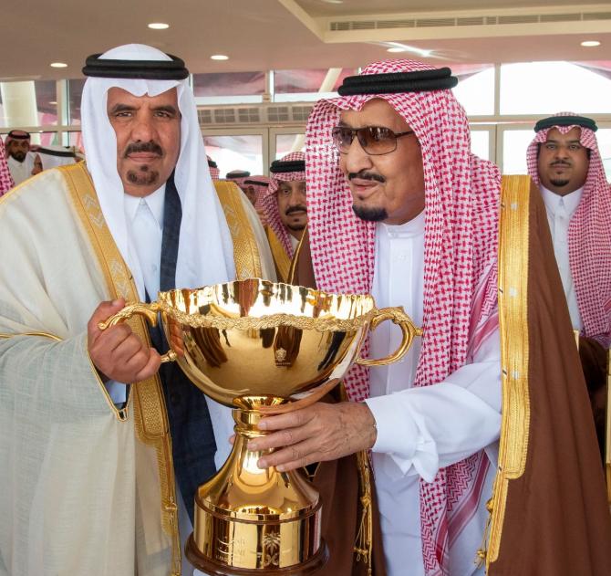 الملك سلمان فى ختام مهرجان الملك عبد العزيز للإبل