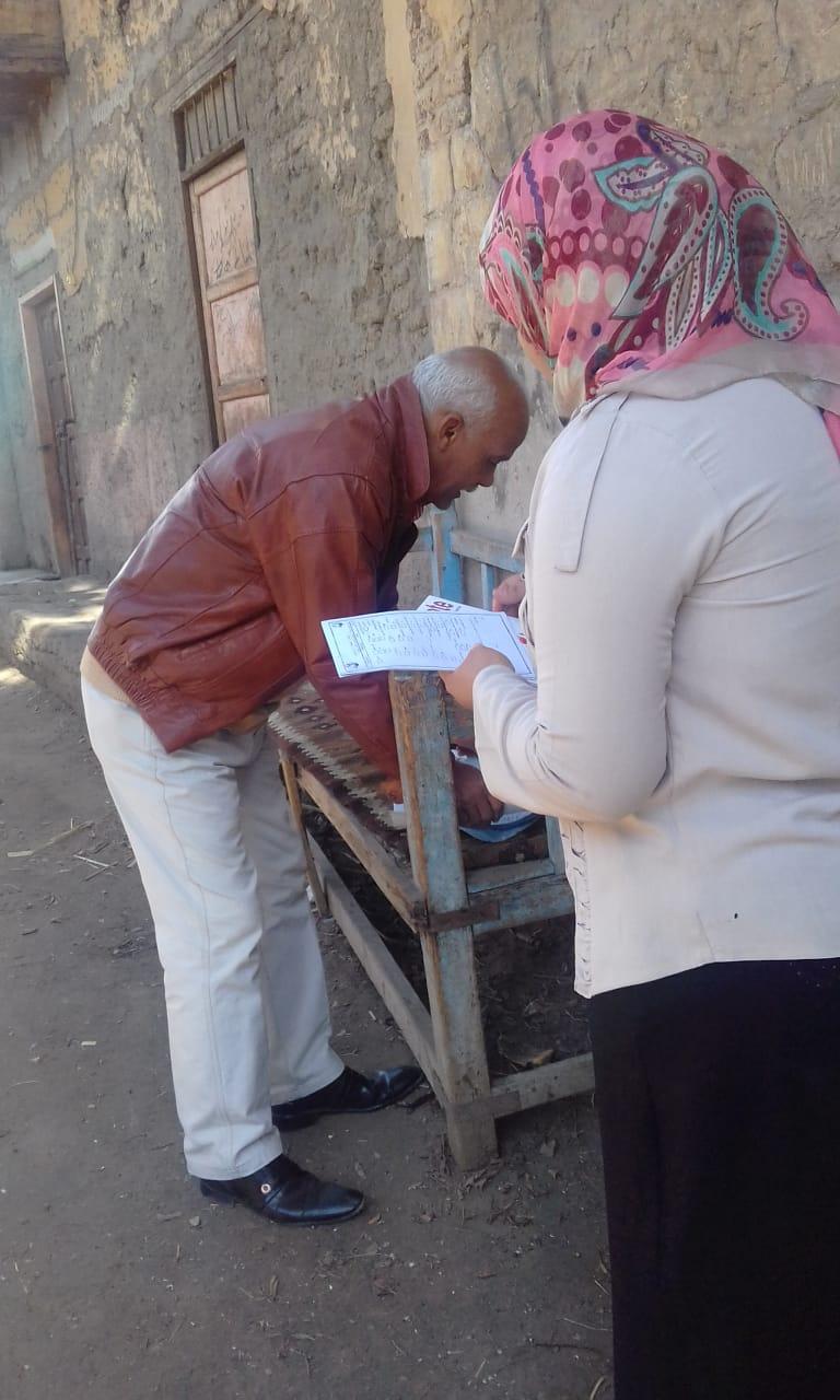 محافظة الأقصر تطلق أكبر حملة للتوعية بترشيد إستهلاك المياة في الأسبوع المائي  (7)