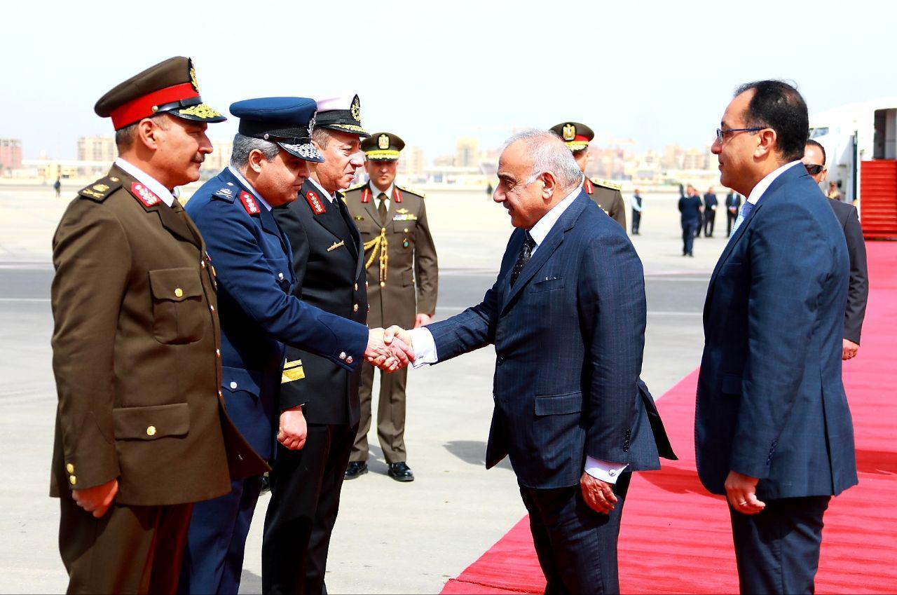 وصول رئيس الوزراء العراقى لمصر