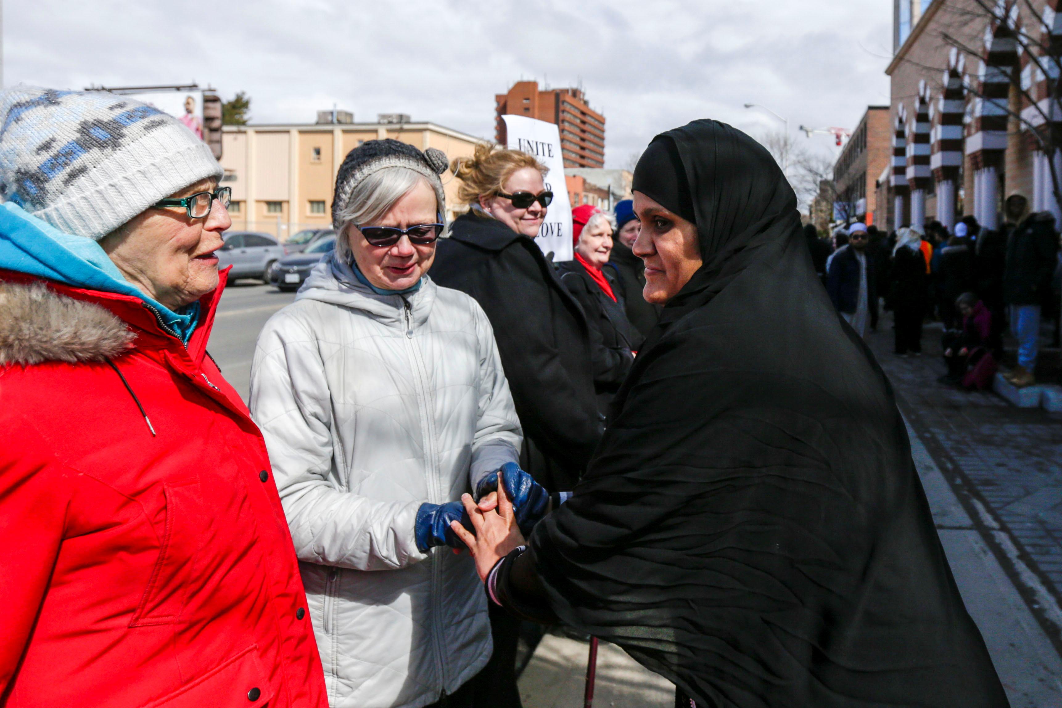 مسيرة فى كندا تضامنا مع ضحايا هجوم المسجدين (4)