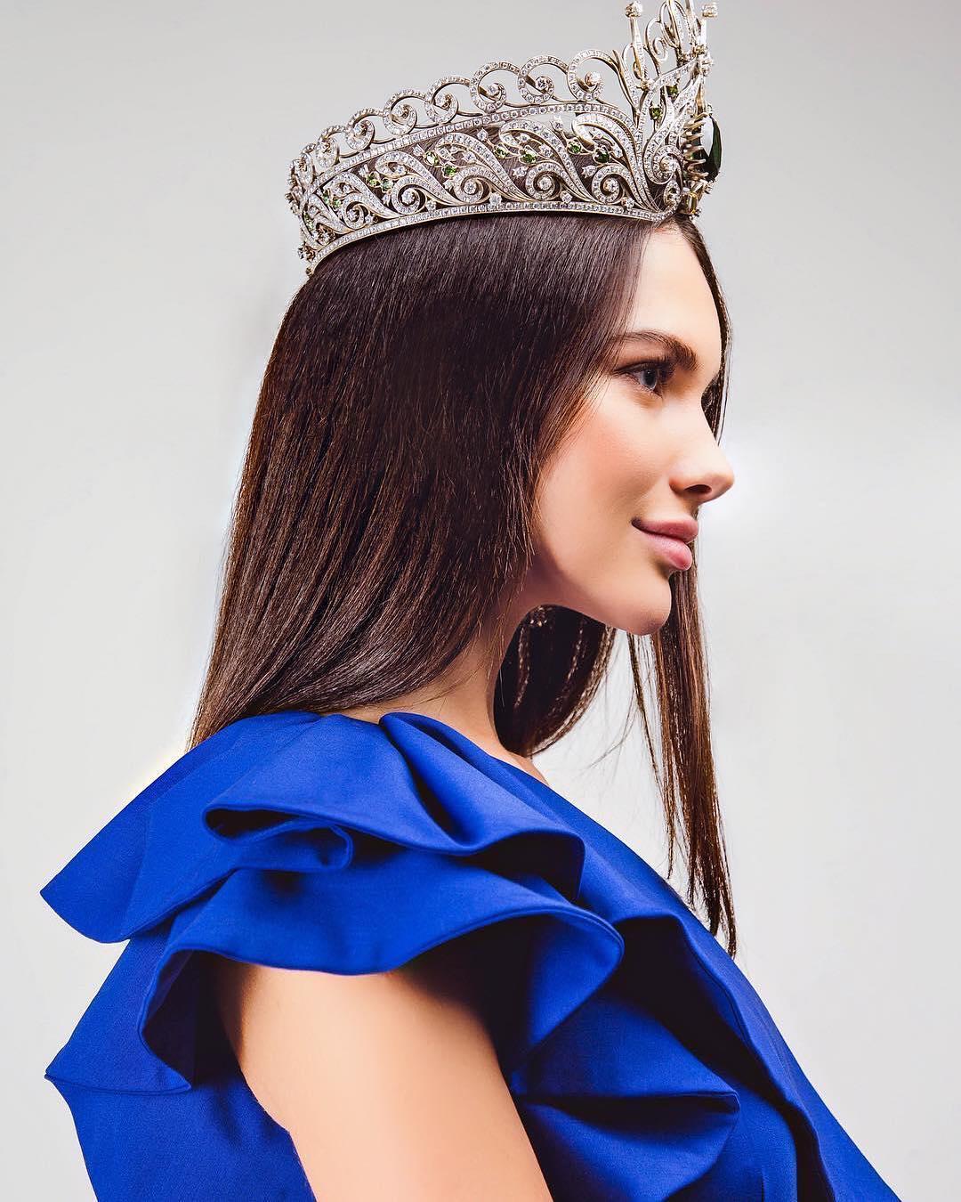 اليسيا ملكة جمال موسكو