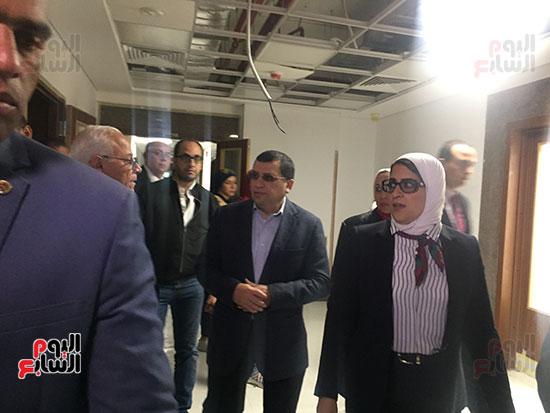 وزيرة-الصحة-تتفقد-مستشفى-أطفال-النصر-(8)