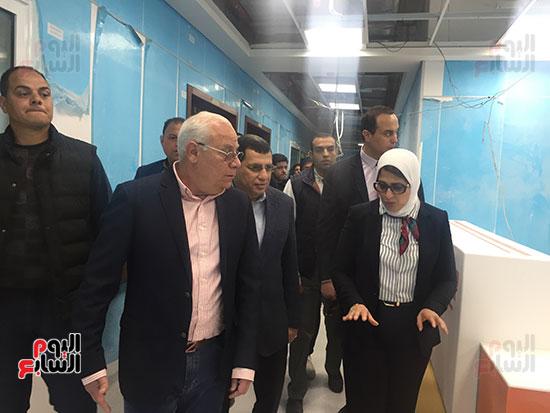 وزيرة-الصحة-تتفقد-مستشفى-أطفال-النصر-(11)