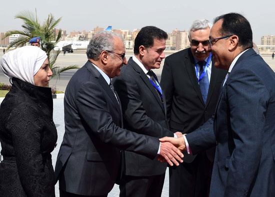 رئيس الوزراء ونظيره العراقى لدى وصوله للقاهرة (5)