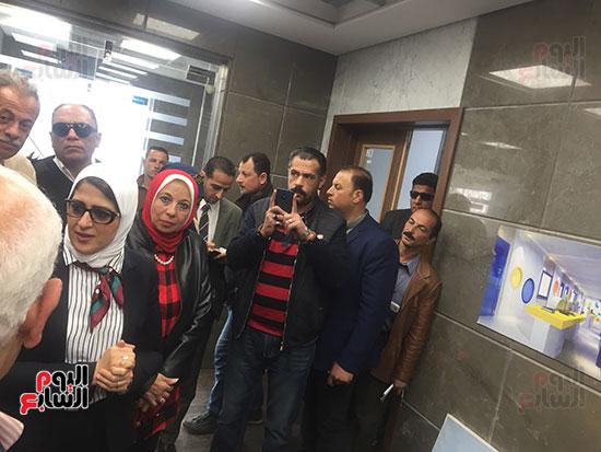 وزيرة-الصحة-تتفقد-مستشفى-أطفال-النصر-(2)