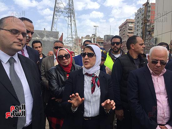 وزيرة-الصحة-تتفقد-مستشفى-بورسعيد-العام-(15)