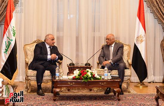 رئيس النواب يستقبل رئيس وزراء العراق بـالبرلمان (8)