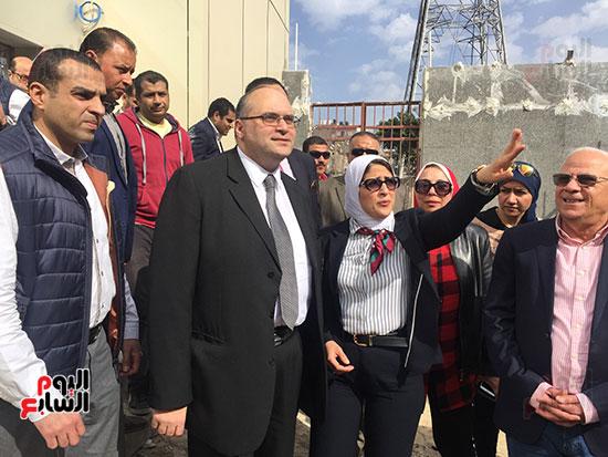 وزيرة-الصحة-تتفقد-مستشفى-بورسعيد-العام-(11)