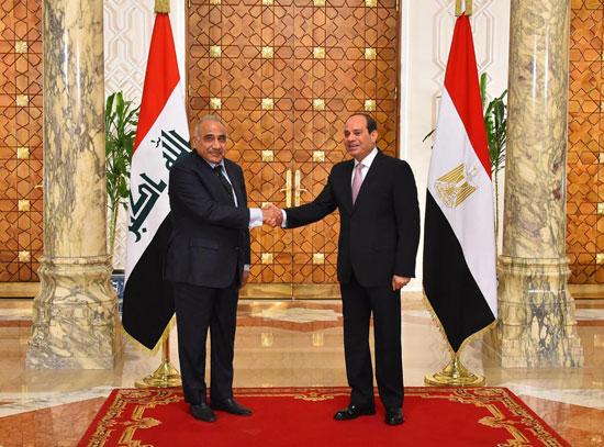 رئيس-وزراء-العراق-فى-لقاء-مع-السيسي-بالاتحادية-(2)