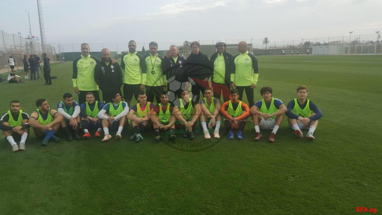 المنتخب الاولمبى يستقبل اللاعبين المحترفين (1)
