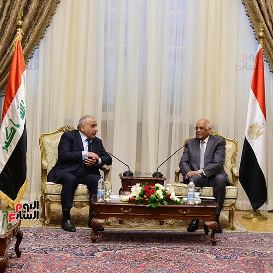 رئيس النواب يستقبل رئيس وزراء العراق بـالبرلمان (7)