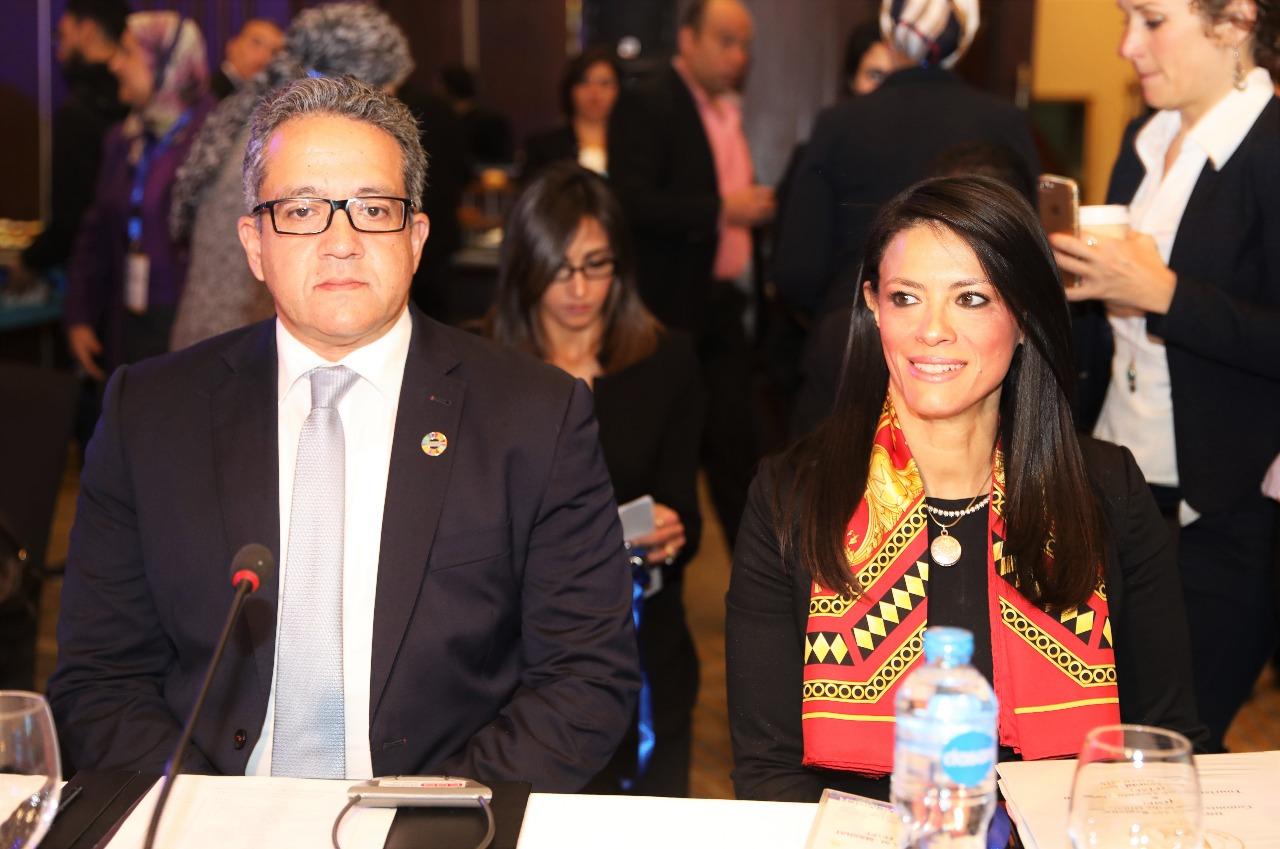 الدكتور خالد العنانى والدكتورة رانيا المشاط