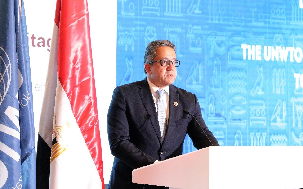 وزير الآثار يشارك فى افتتاح اللجنة الـ 15 لمنظمة السياحة العالمية (1)