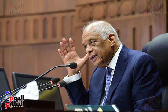 جلسة استماع دكتور علي عبد العال مع النواب (9)