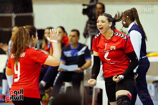 سيدات الكرة الطائرة وقرطاج التونسى (4)