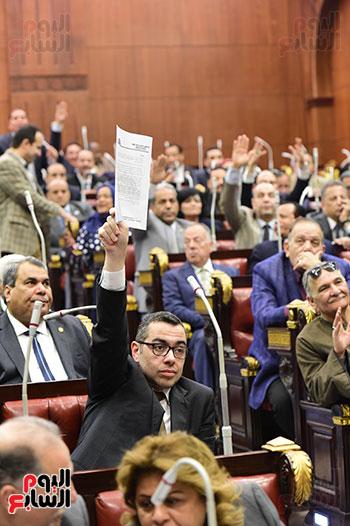 جلسة استماع دكتور علي عبد العال مع النواب (10)