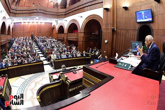 جلسة استماع دكتور علي عبد العال مع النواب (13)