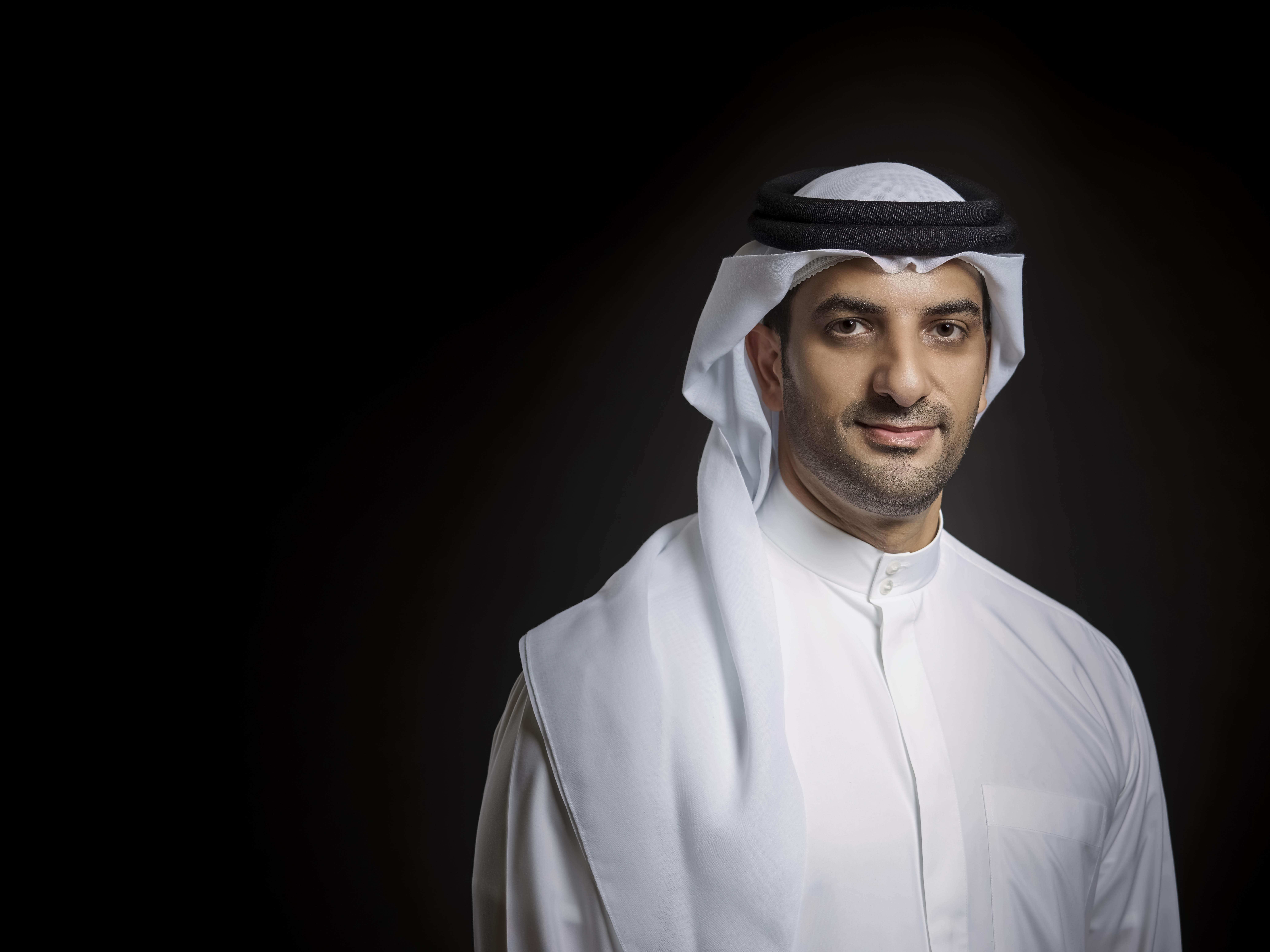 الشيخ سلطان بن أحمد القاسمي رئيس لجنة حفل افتتاح الشارقة العاصمة العالمية للكتاب