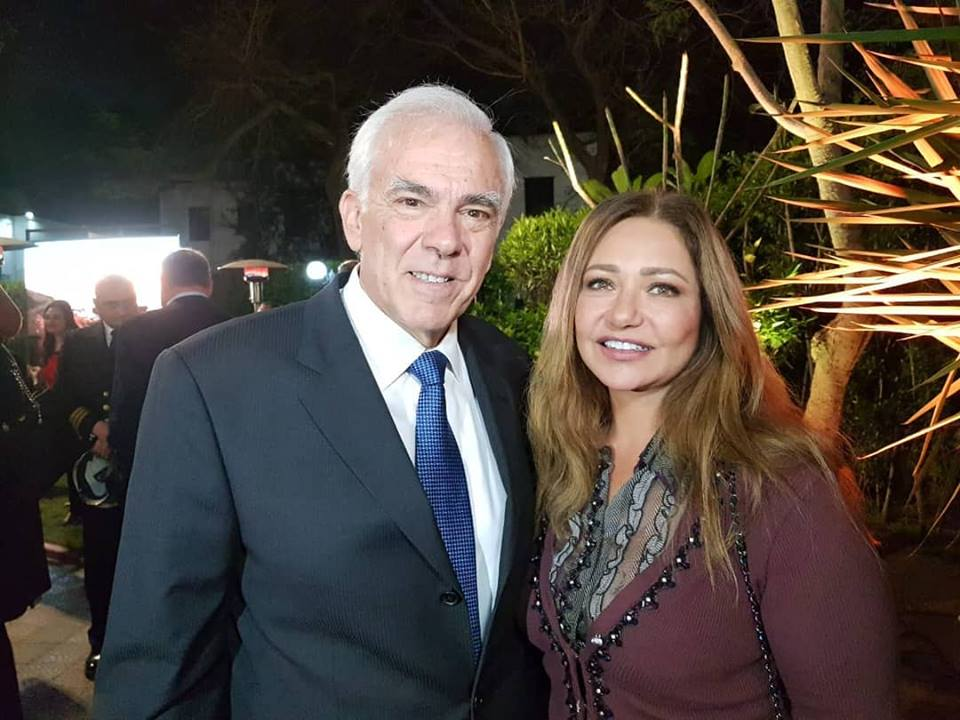 ليلى علوى مع سفير اليونان