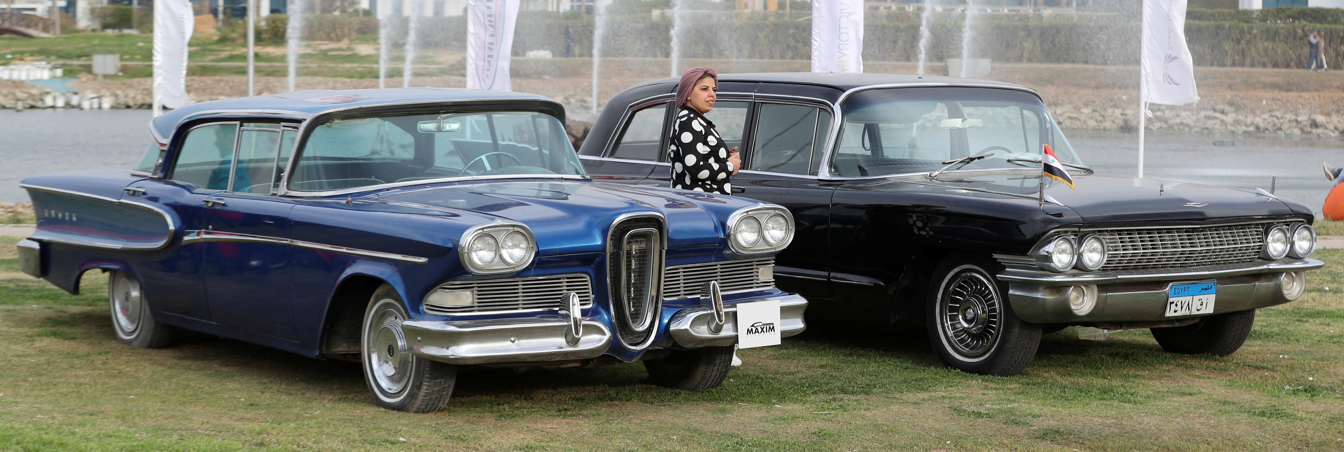 جانب من معرض السيارات القديمة فى القاهرة (9)