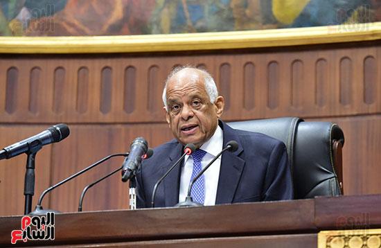 على عبد العال رئيس مجلس النواب يستمع أسئلة و لمقترحات رؤساء الأحزاب السياسية (6)