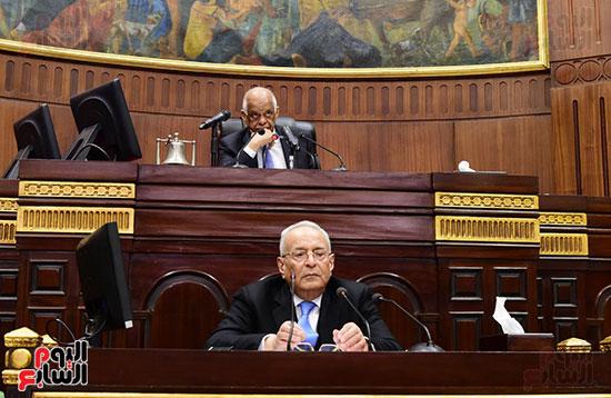 على عبد العال رئيس مجلس النواب يستمع أسئلة و لمقترحات رؤساء الأحزاب السياسية (13)
