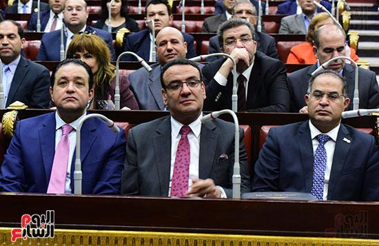 على عبد العال رئيس مجلس النواب يستمع أسئلة و لمقترحات رؤساء الأحزاب السياسية (8)