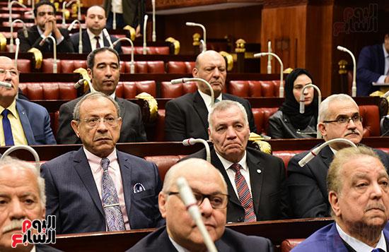 على عبد العال رئيس مجلس النواب يستمع أسئلة و لمقترحات رؤساء الأحزاب السياسية (10)