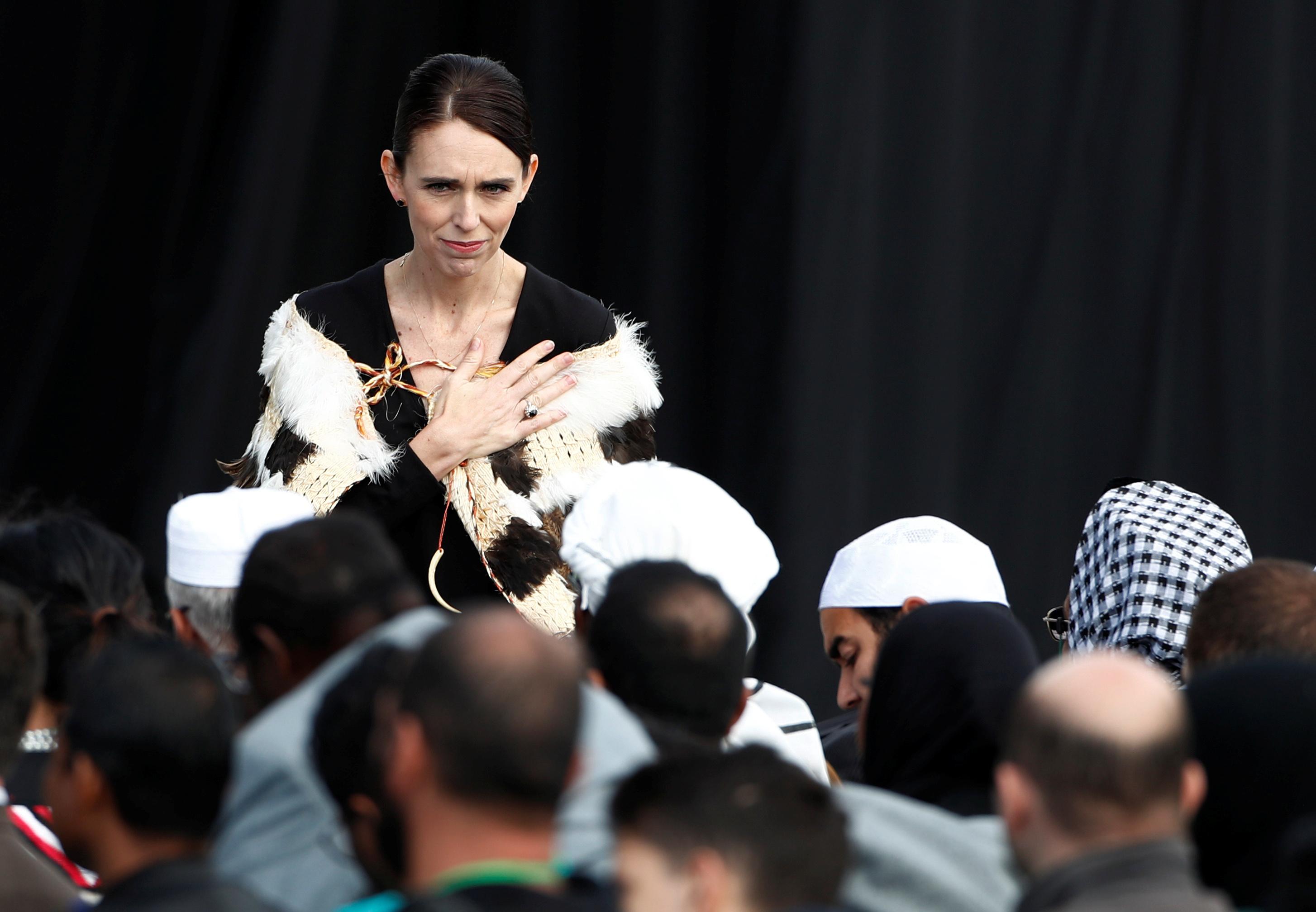 جمعة حاشدة فى نيوزيلندا لتأبين ضحايا المسجدين (9)