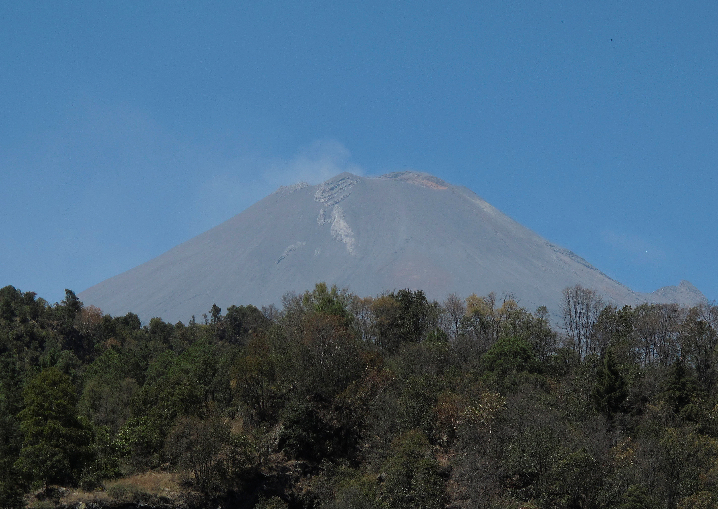 ثوران بركان بوبوكاتبتبيل (1)