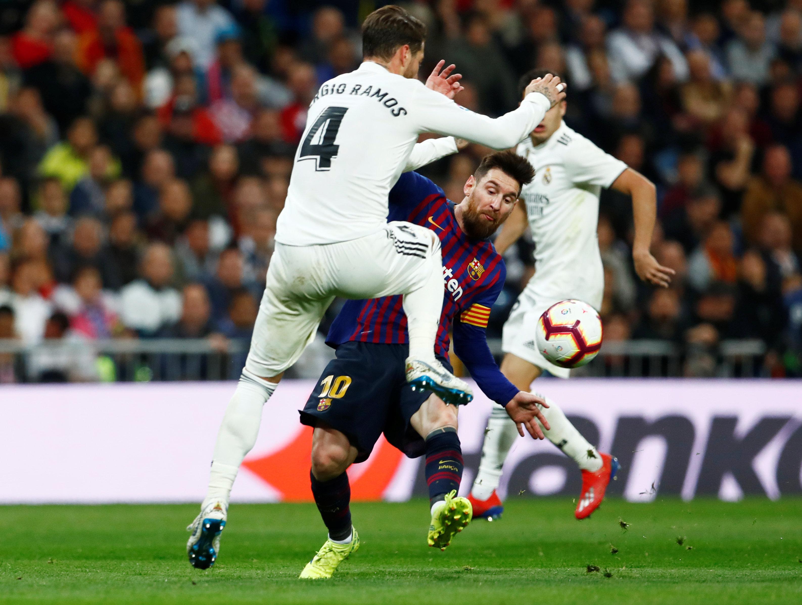 الريال ضد برشلونة (13)