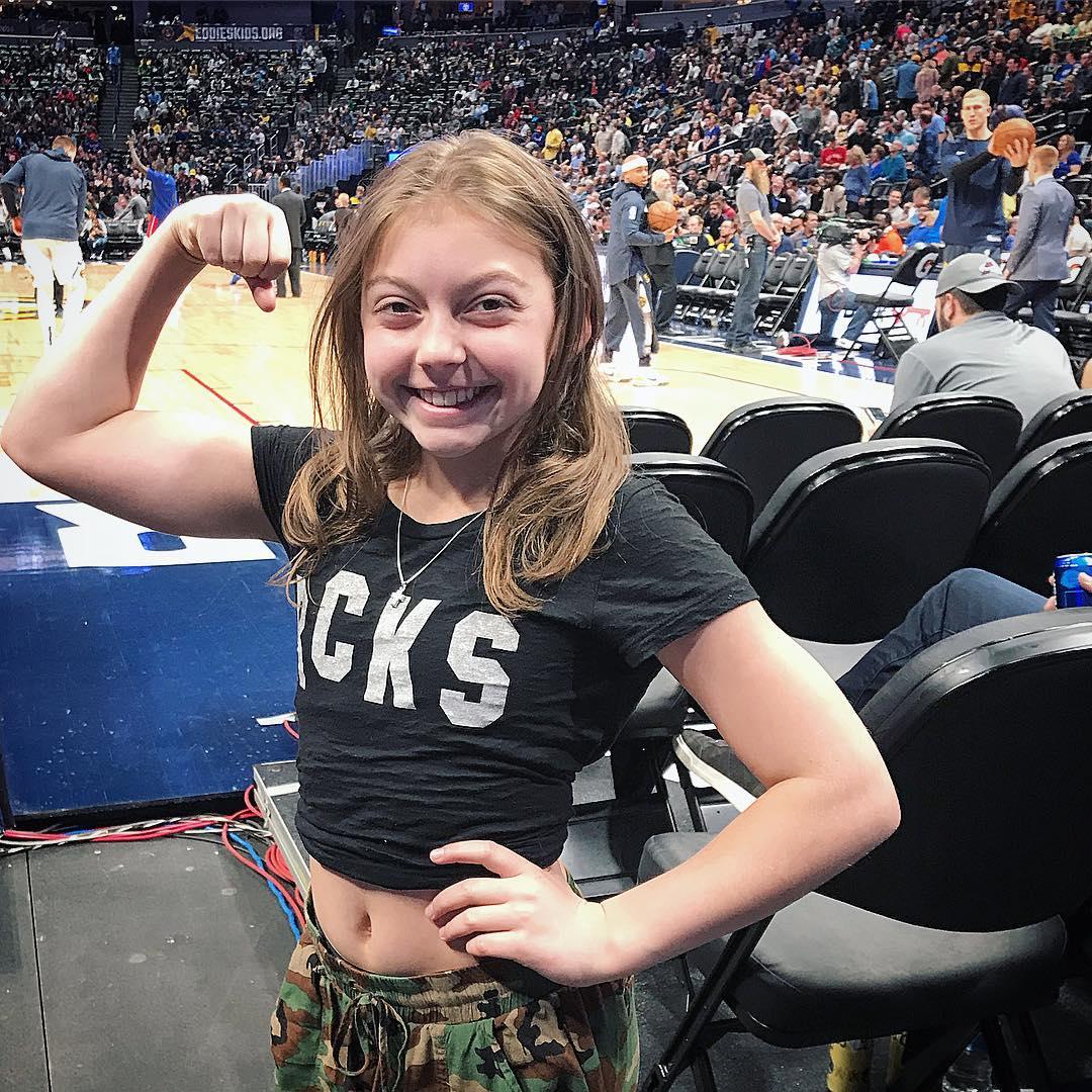 الطفلة الأمريكية خلال أحد المناسبات الرياضية