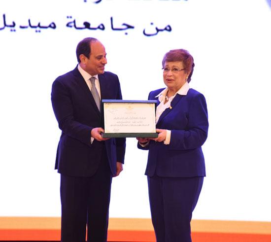احتفالية المجلس القومى للمرأة لتكريم المرأة المصرية والأم المثالية (9)