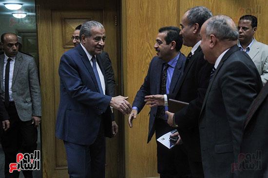 توقيع بروتوكول بين وزارة التموين ووزارة الاوقاف (1)