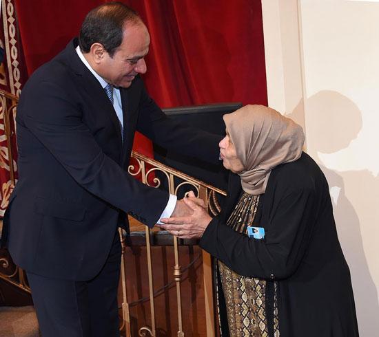 احتفالية المجلس القومى للمرأة لتكريم المرأة المصرية والأم المثالية (5)