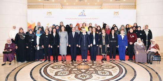 احتفالية المجلس القومى للمرأة لتكريم المرأة المصرية والأم المثالية (2)