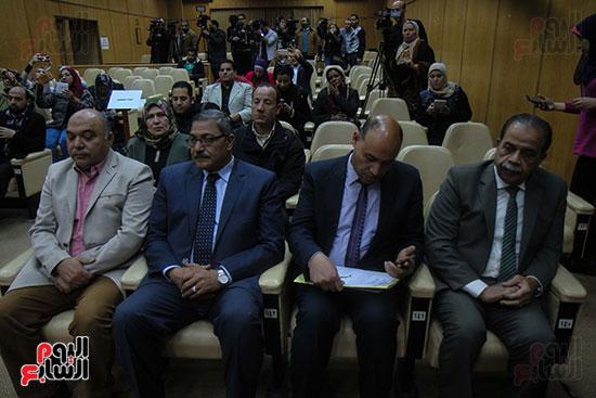 توقيع بروتوكول بين وزارة التموين ووزارة الاوقاف (7)