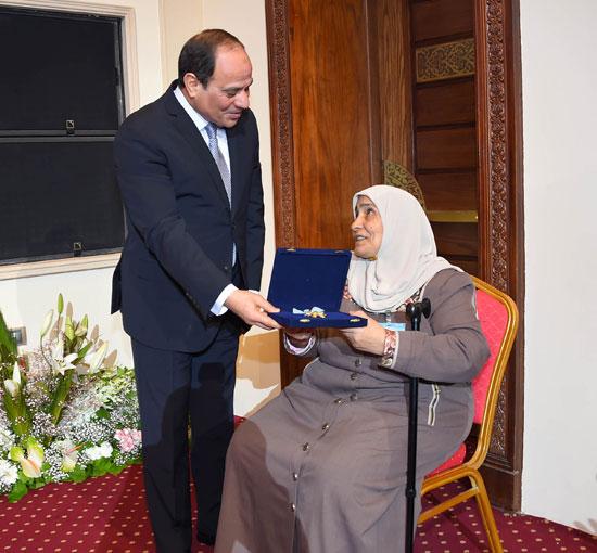 احتفالية المجلس القومى للمرأة لتكريم المرأة المصرية والأم المثالية (4)