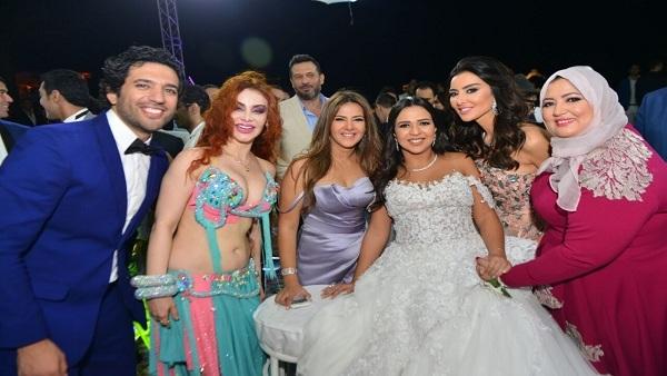دنيا سمير غانم فى حفل زفاف حسن الرداد وايمى سمير غانم