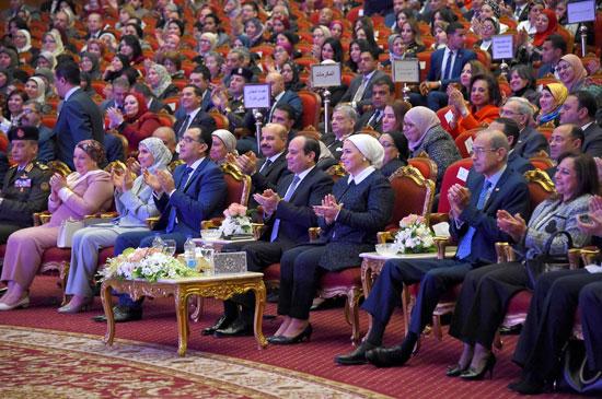 احتفالية المجلس القومى للمرأة لتكريم المرأة المصرية والأم المثالية (14)