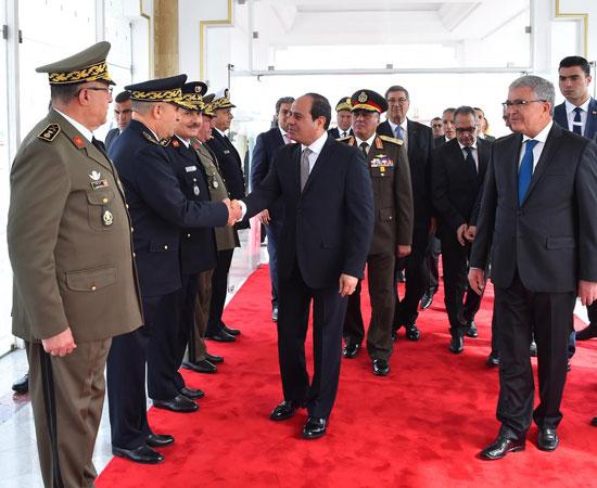 القمة العربية فى تونس بحضور الرئيس السيسى (3)